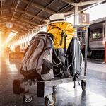 自宅~空港間は無料でスーツケースを郵送する